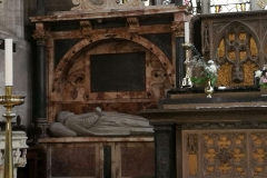 VB7 Stratford - Shakespearův hrob